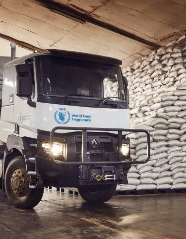 Renault Trucks K equipped for the World Food Program